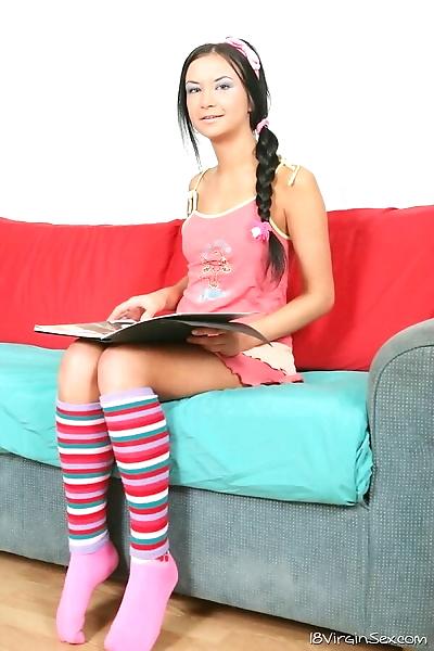 Dirty teen brunette nadia b..