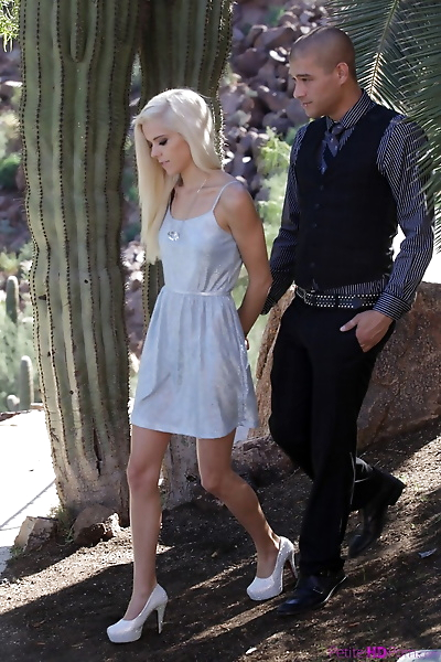 Innocent skinny blonde Halle..