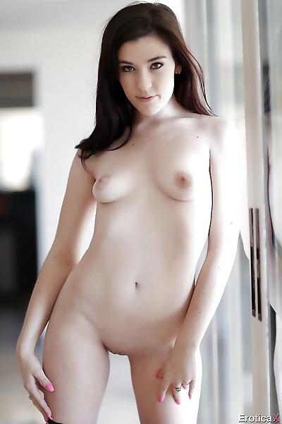 Jenna Reid romantic nudity..